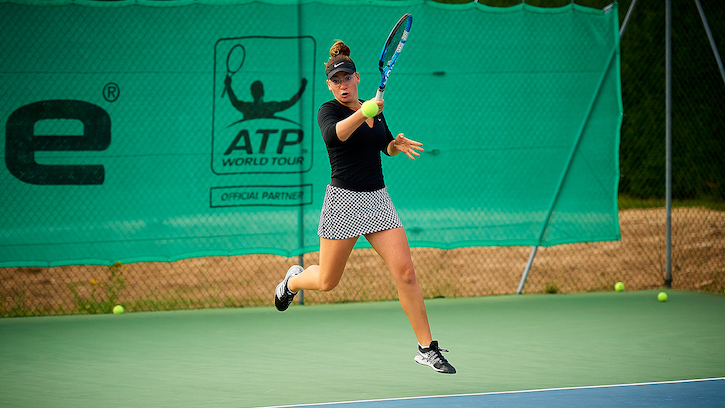 french-tennis-academy-technifibre-lucie-renault